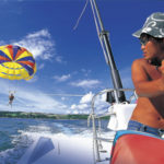 やんばるでフライボード&パラセール体験|カヌチャリゾート